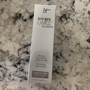 it cosmetics Makeup - It Cosmetics Bye Bye Lines Foundation Medium Shade